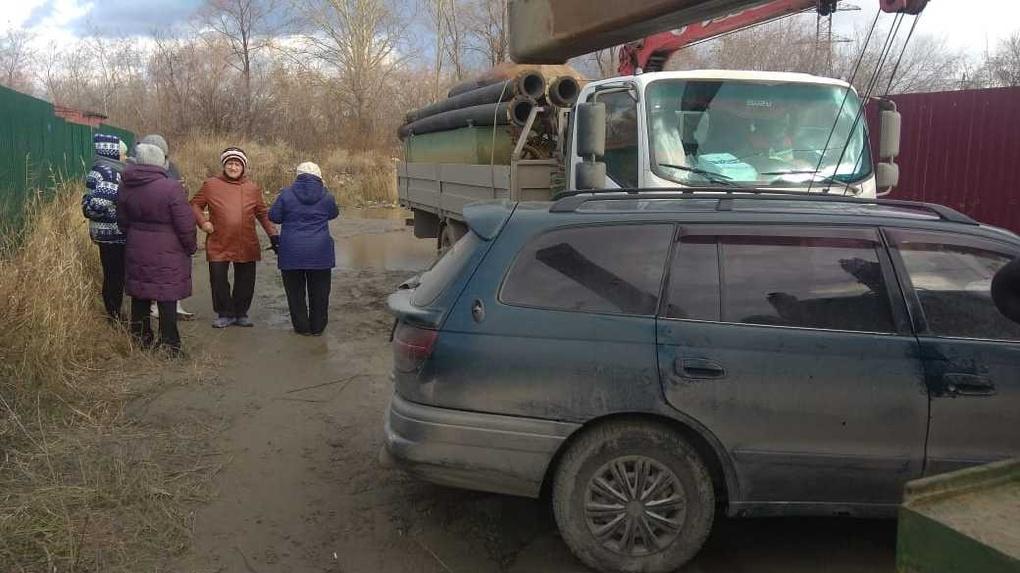 «Там сейчас просто помойка»: депутат Заксобрания Новосибирской области о конфликте у болота Кучино