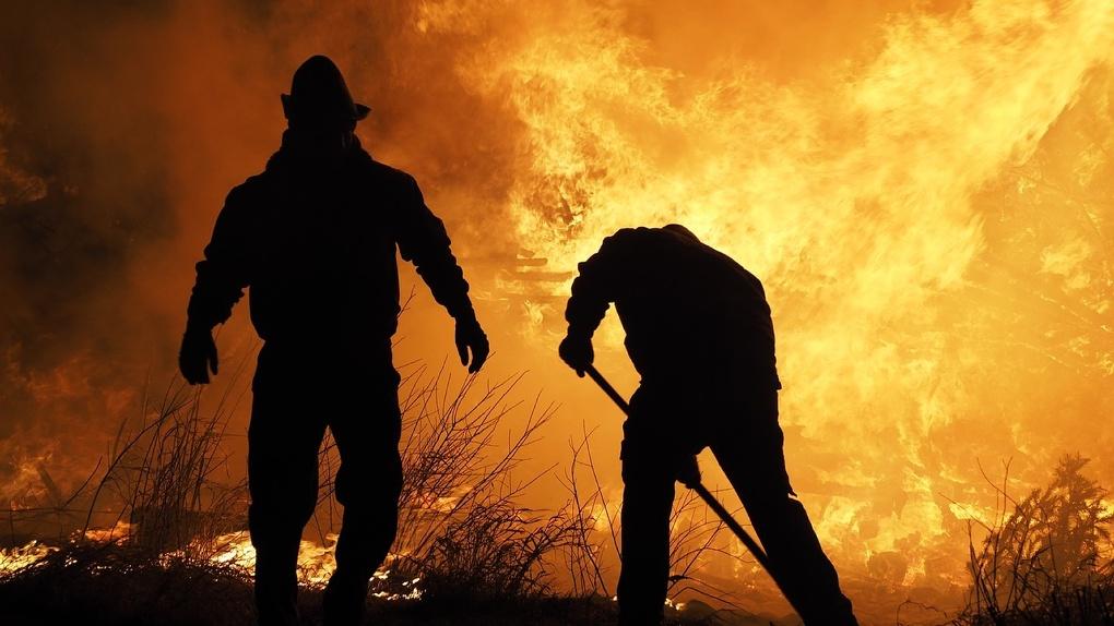 Сотрудники МЧС прогнозируют рекордное число пожаров в Новосибирской области
