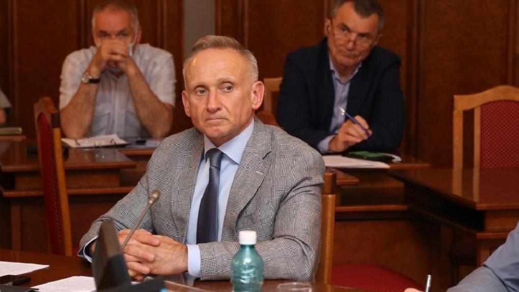 Депутаты Законодательного собрания Новосибирской области нашли способ сократить расходы на ЖКХ