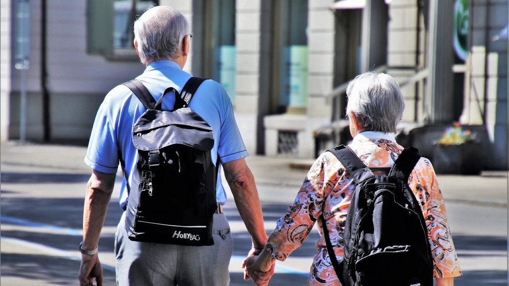 В Новосибирской области количество получателей пенсии достигло 835 тысяч человек