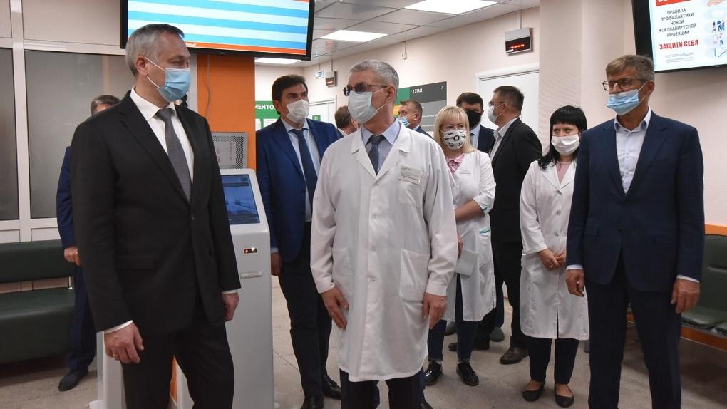 В посёлке под Новосибирском откроют ледовую арену и школу на 1100 мест
