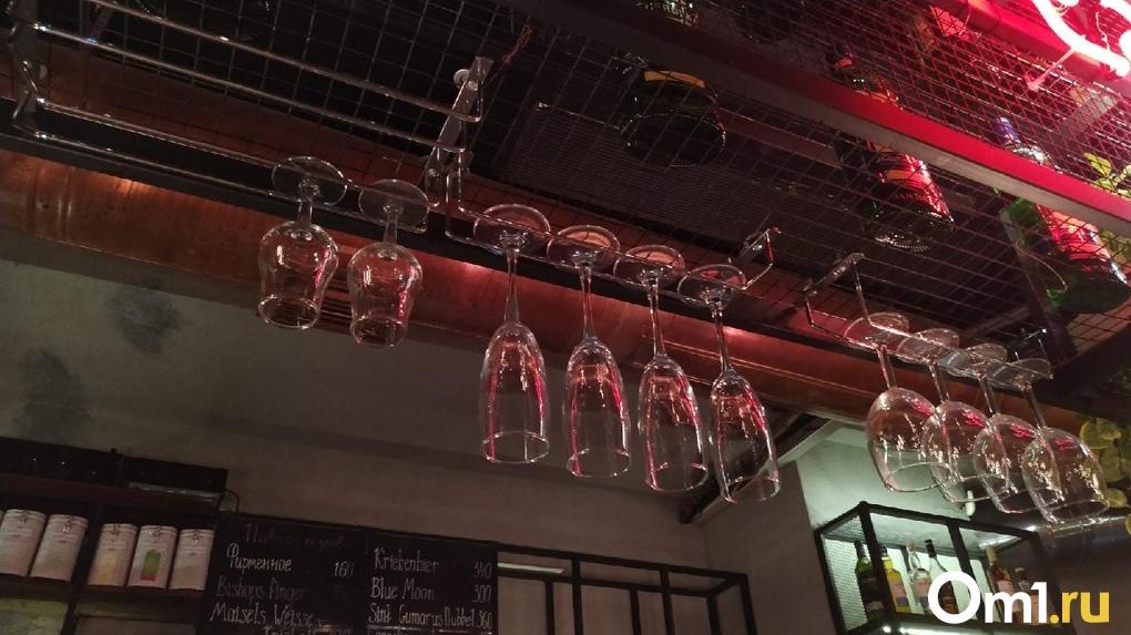 В Омске владельца кафе могут оштрафовать на 300 тысяч рублей