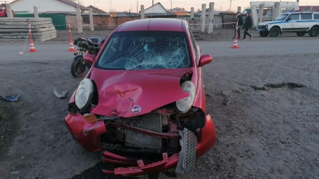 В Омской области подросток сбил на автомобиле мотоциклиста