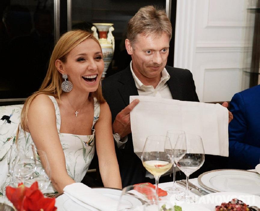 Пресс-секретарь президента Дмитрий Песков женился на олимпийской чемпионке Татьяне Навке. ВИДЕО