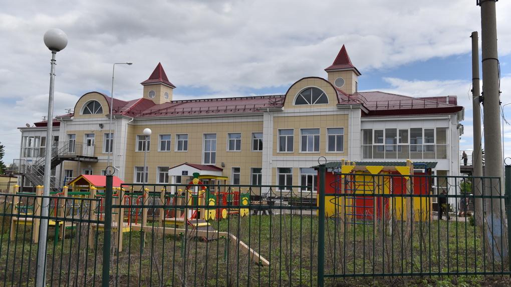 Мэр Фадина осмотрела четыре новых детских сада, построенных в Омске