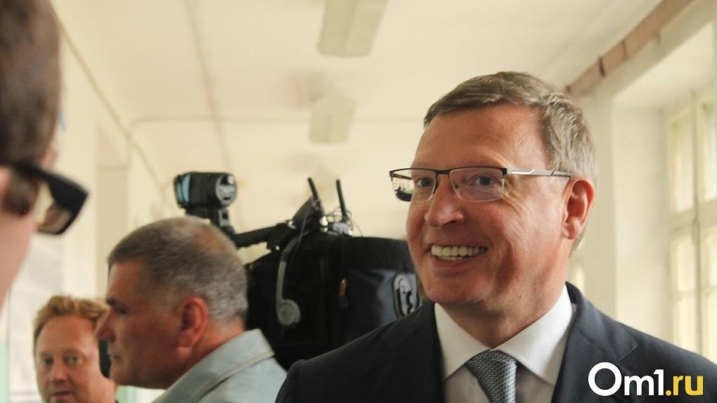 Губернатор Бурков приехал с инспекцией на омскую станцию скорой помощи