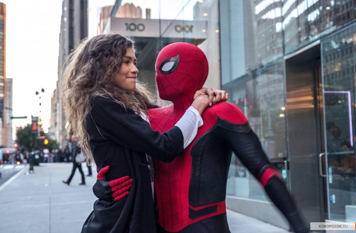 Фильм «Человек-паук. Вдали отдома» сохранил лидерство в русском прокате
