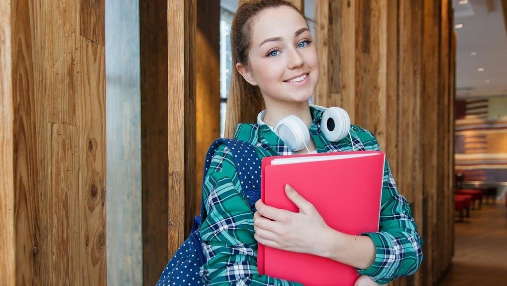 Новосибирским подросткам предлагают заработать денег на «Бодром цитрусе»