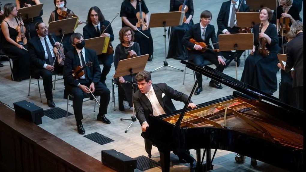 Денис Мацуев подарил омичам Второй концерт Шопена