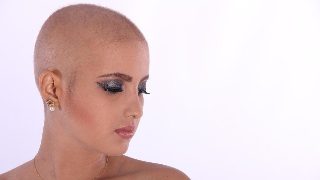 Омичка потратила 113 тысяч на новые волосы, но осталась разочарована