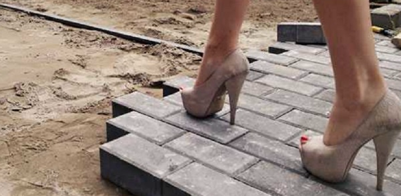 В Омске отремонтировали 20 тысяч квадратных метров тротуаров