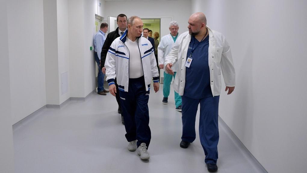 Главному врачу Коммунарки с подтвердившимся коронавирусом предложили присвоить звание Героя России