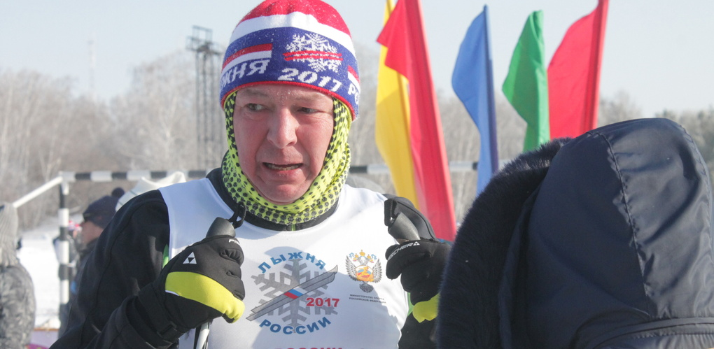 Вице-мэр Омска Подгорбунских финишировал третьим в вип-забеге на лыжах