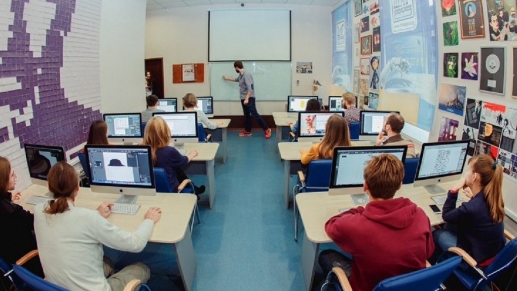 Жить в Омске, работать в США: объявлен набор в международную компьютерную академию