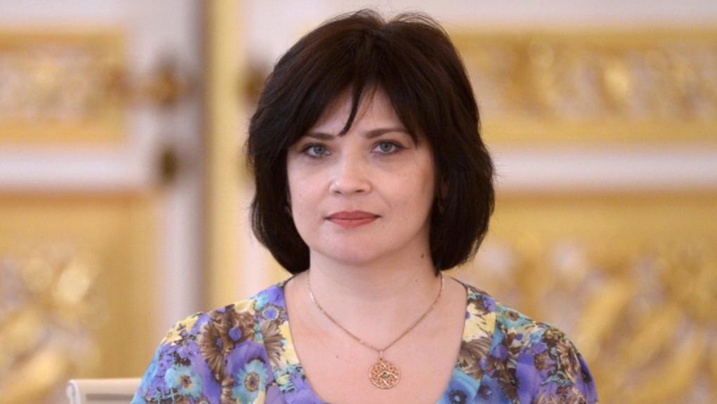 Киркова работает на избирательном участке Новосибирска по поправкам в Конституцию