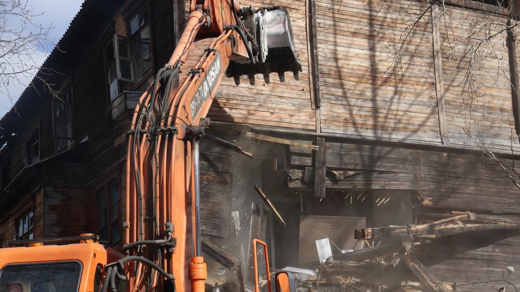«Из ветхого барака в современную многоэтажку»: в Новосибирске расселят 30 аварийных домов