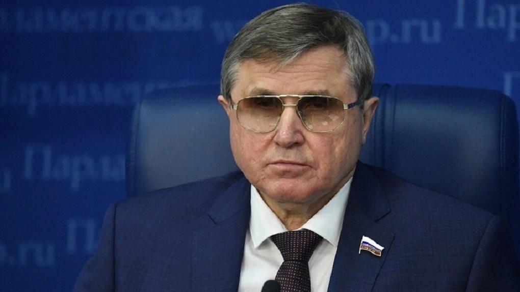 Олег Смолин: «В сибирской тайге нашли двух староверов, которые верят новостям гостелеканалов»