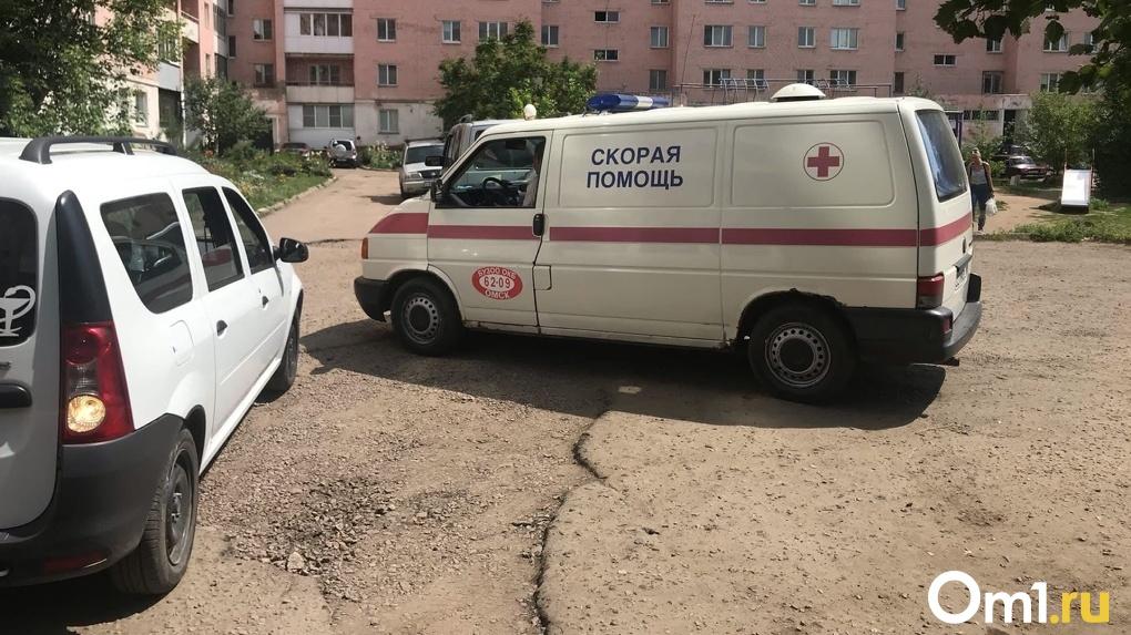 Огромные очереди из скорых переехали из МСЧ-4 в Омский диагностический центр