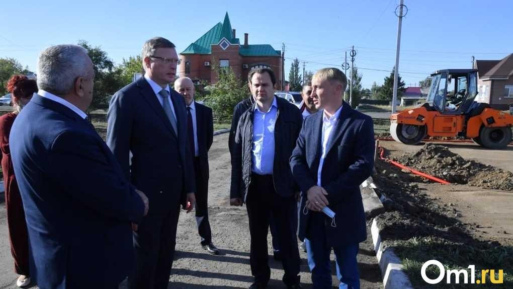 Бурков побывал с рабочим визитом в Азовском и Таврическом районах