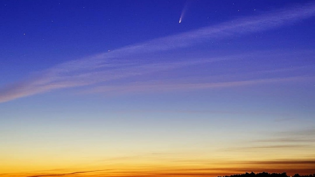 Фото самой яркой за последние семь лет кометы опубликовали новосибирцы
