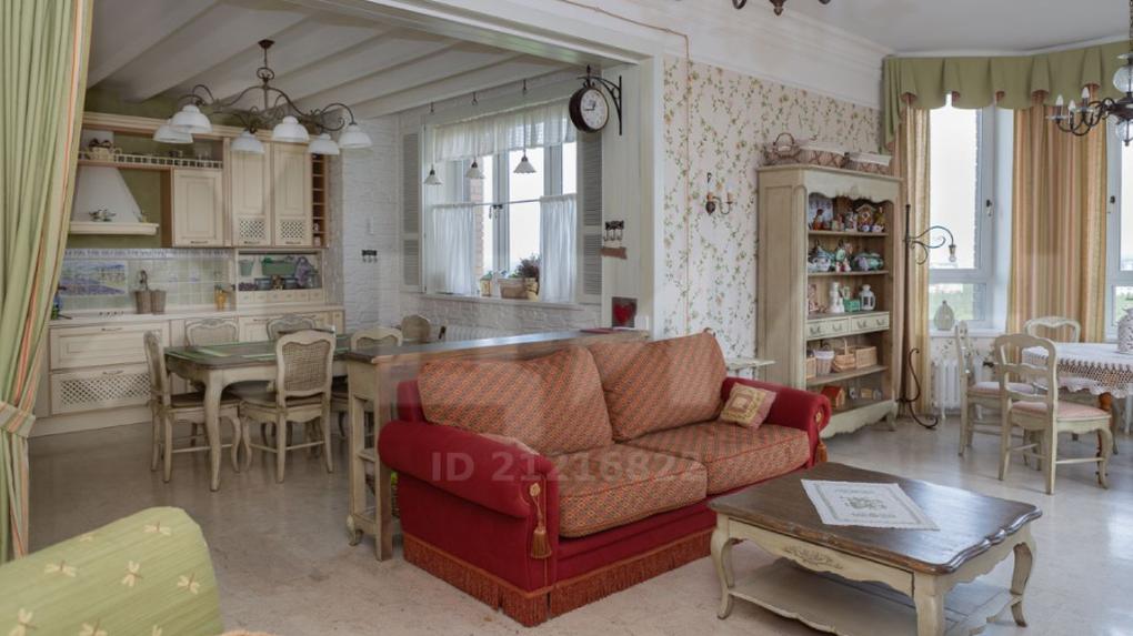 Самую большую квартиру Новосибирска продают за 80 млн рублей