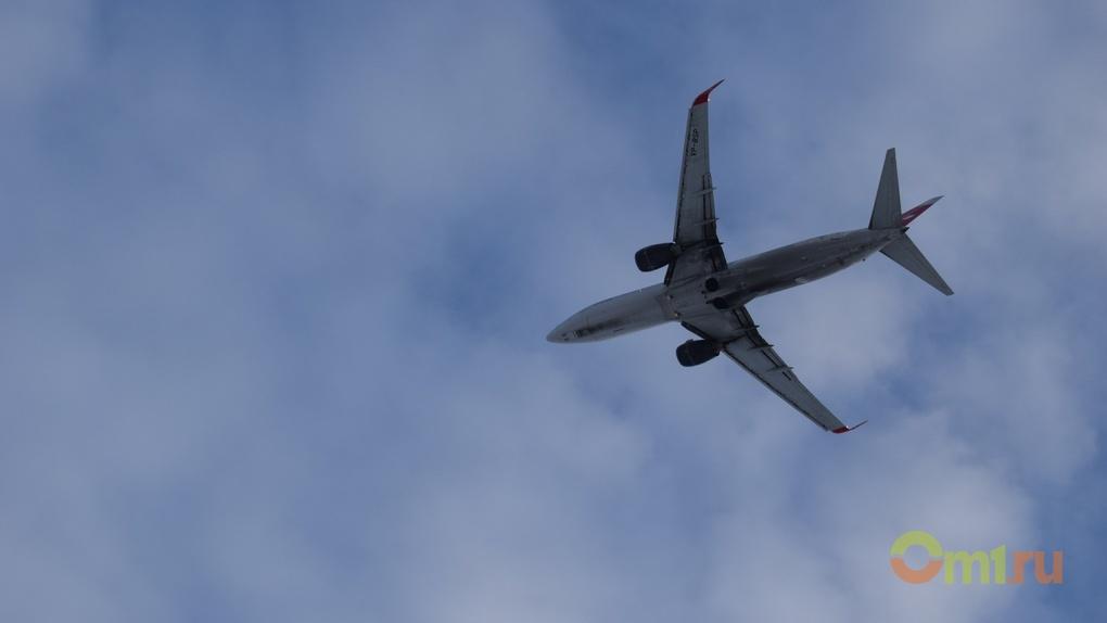 Омичи с задержанного из-за поломки двигателя рейса вылетели в Таиланд