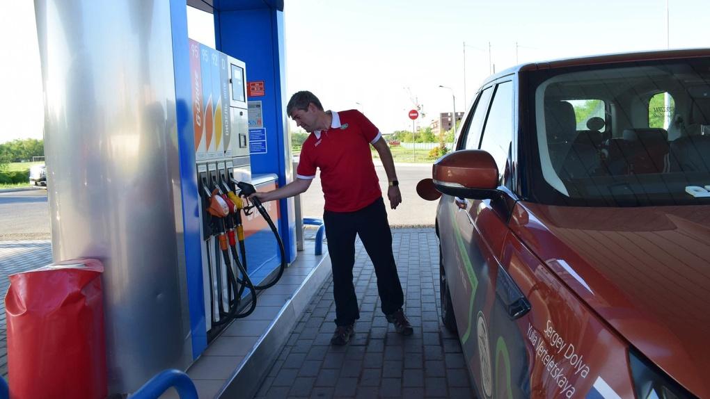 Цены на бензин подскочили в Новосибирске