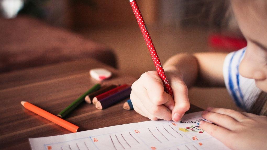 Справки для детского садика получили более 20 тысяч маленьких омичей