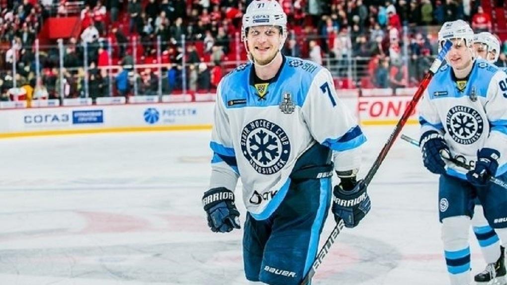 Новосибирский хоккеист признан самым сильным по броску шайбы в КХЛ