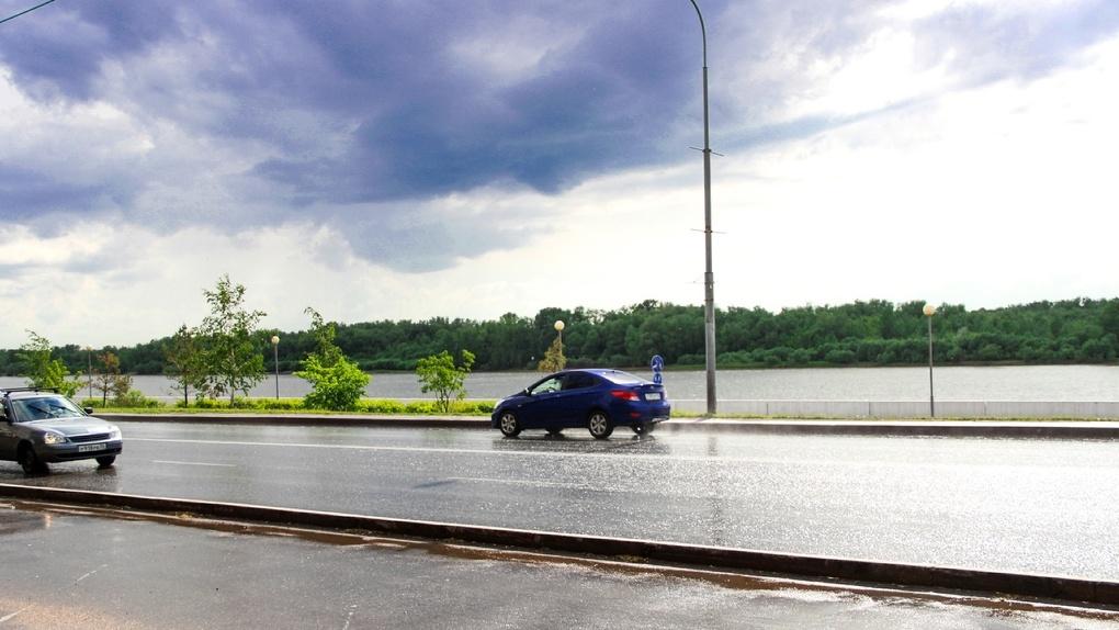 В Омске за два дня выпадет месячная норма дождей и града