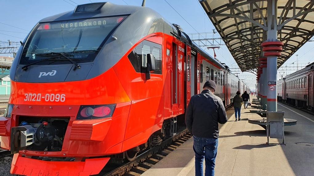 С вокзала «Новосибирск-Главный» запустили современную электричку до Черепаново