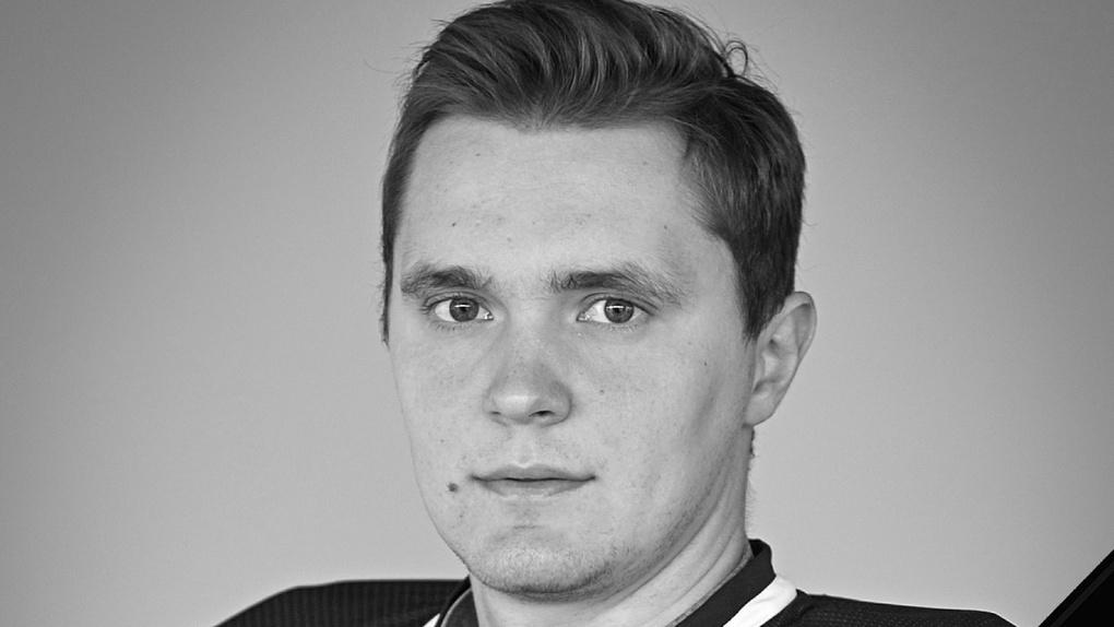 Задержан водитель машины, в которой насмерть разбился бывший новосибирский хоккеист Вадим Орехов