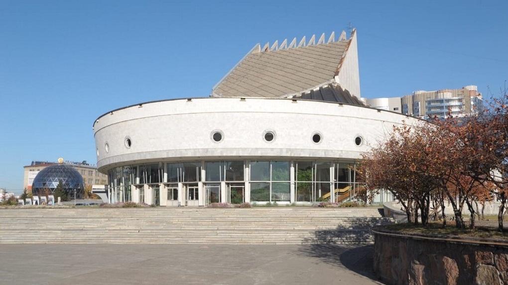 Стало известно, как будут работать актёры новосибирских театров после снятия карантина