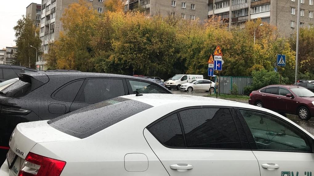 Мэрия Новосибирска выделит машины в помощь поликлиникам