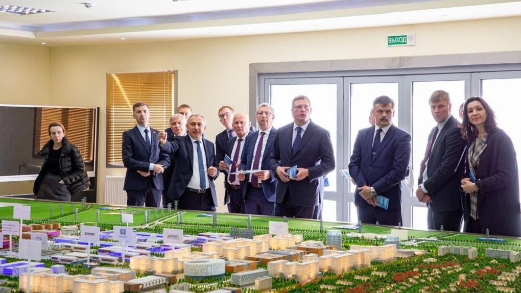 Бурков сообщил о намерении провести в Омске белорусскую ярмарку