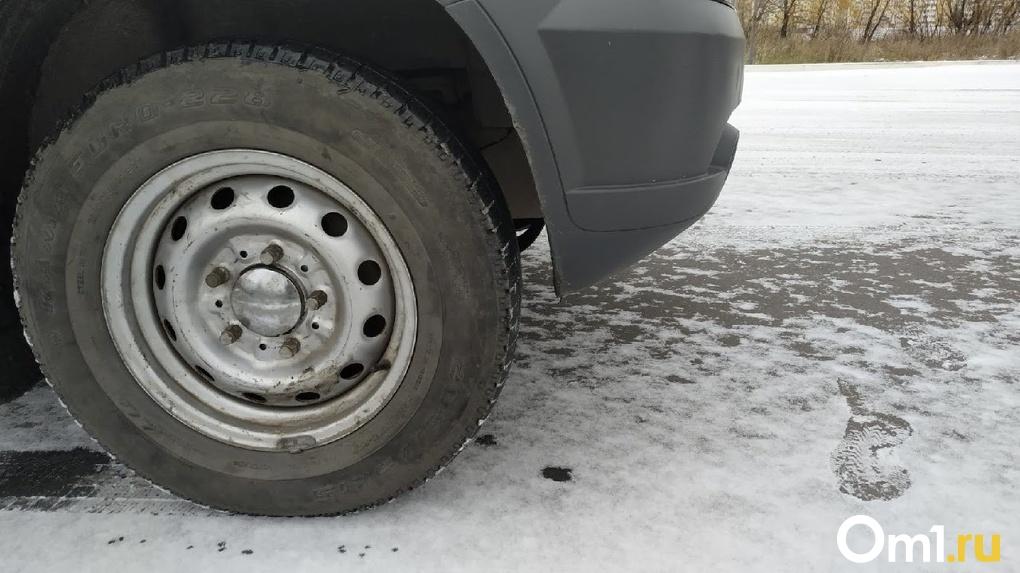 Около двух миллионов рублей потратит новосибирская горбольница на закупку новых автомобилей
