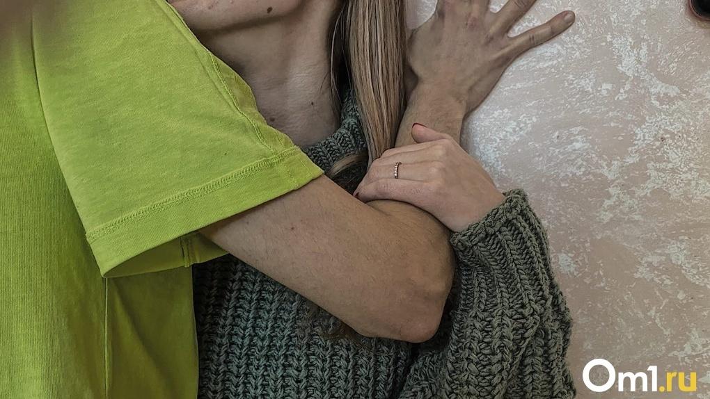 Три истории изнасилованных девушек в Новосибирской области взбудоражили Россию (видеопризнание жертв)