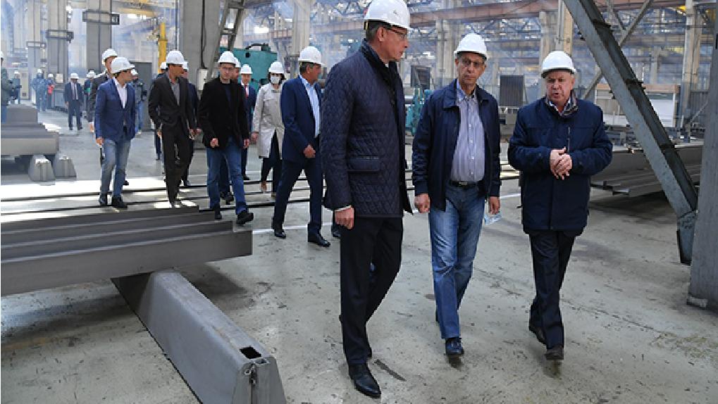 Омский губернатор встретился с одним из главных инвесторов страны