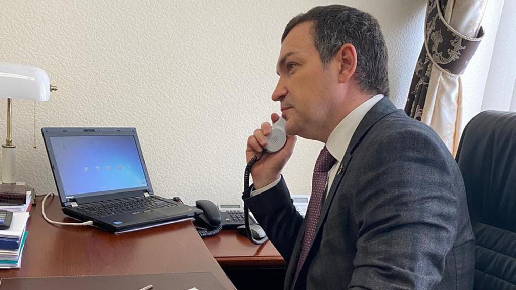 Новосибирский депутат обратился в ФАС с требованием проверить шокирующую цену на препарат от коронавируса