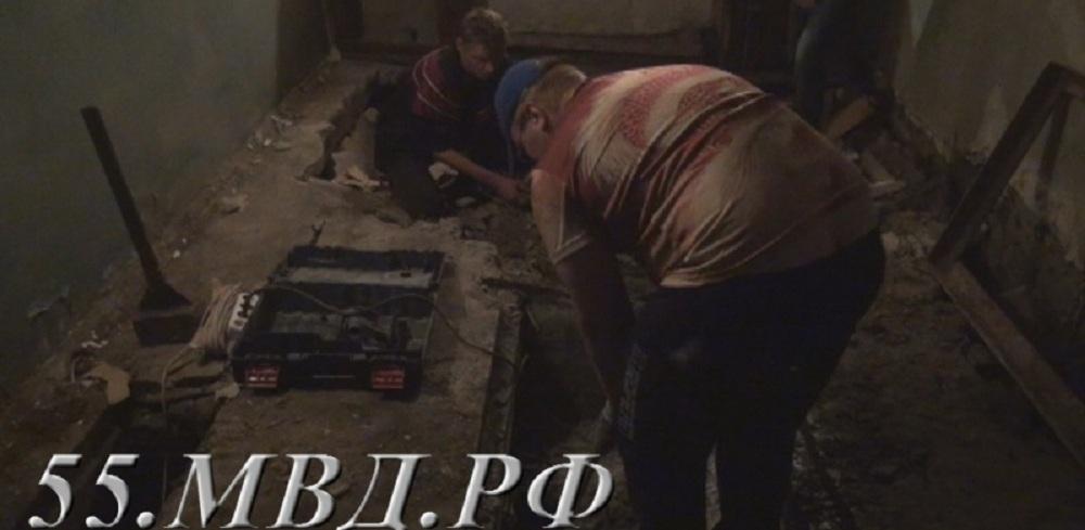 Право на квартиру убитого в Омске молотком детдомовца вернули его 75-летней бабушке
