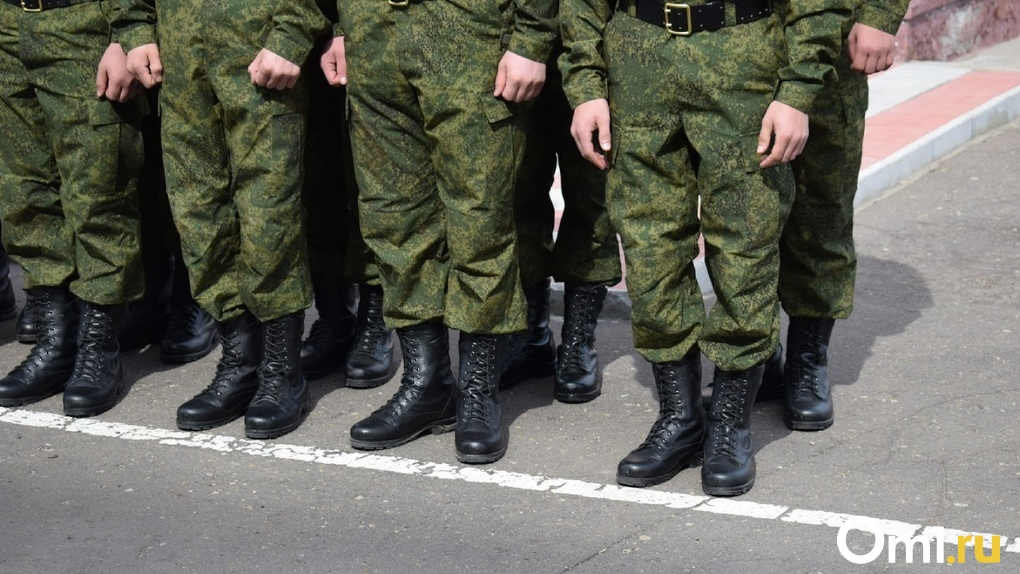Омичи рассказали, что в школах собирают сладости для солдат