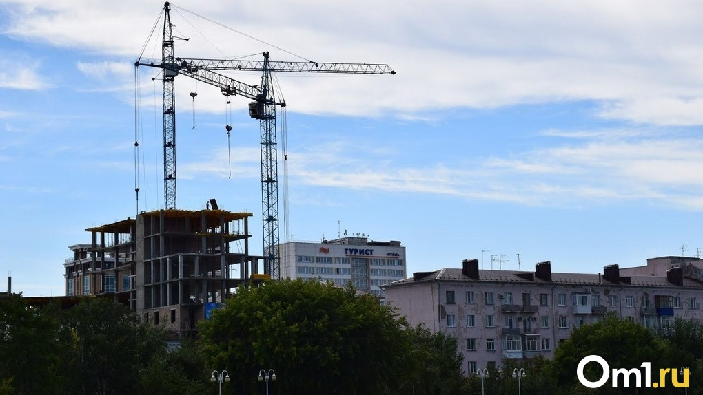 Пандемия сделала ипотеку доступнее для омичей – семье надо зарабатывать лишь 51,7 тысячи рублей в месяц