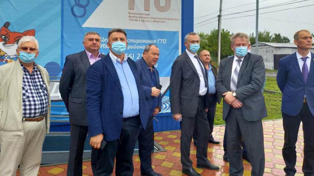 Новосибирские депутаты проверили реализацию наказов в Убинском районе