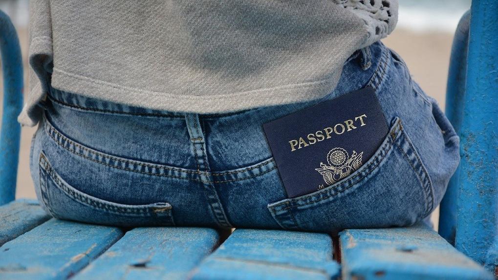 Омички 20 лет прожили без паспортов, потому что не знали, что они нужны