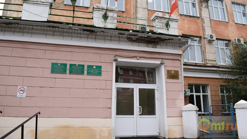 В Омске министр сельского хозяйства Максим Чекусов лишится одного зама