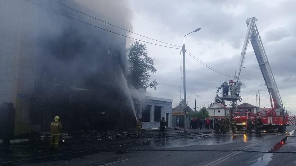 Появились подробности пожара в омском кафе на 24-й Северной