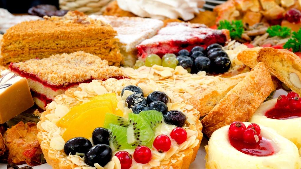 Не до сладкого: новосибирцы стали реже покупать сахар и кондитерские изделия