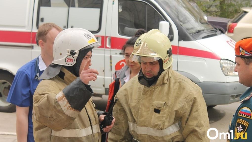 Шалость удалась. Крупный пожар в Омске могли устроить дети