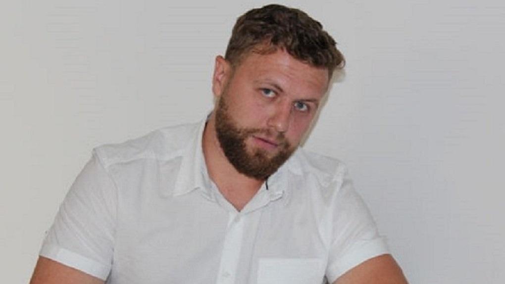 Новосибирским пенсионерам-избирателям депутат подарил картошку