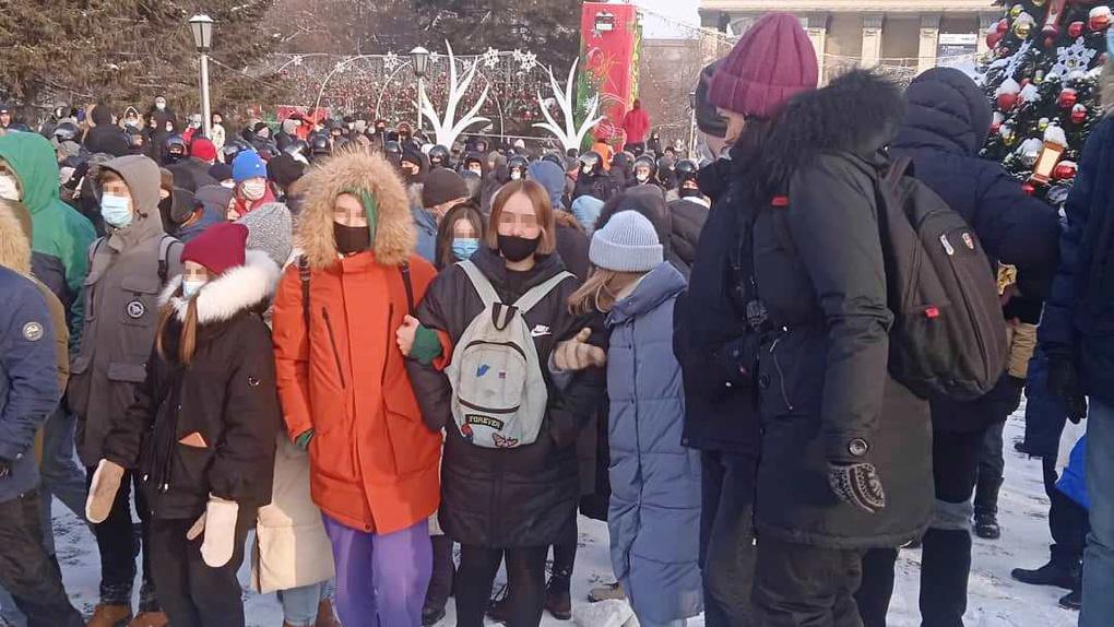 Политические авантюристы: новосибирский омбудсмен осудила присутствие детей на акции 23 января